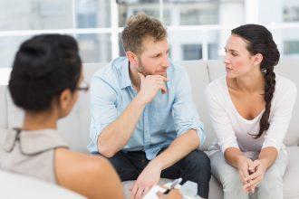 Terapia małżeńska, czyli jak podnieść się po zdradzie